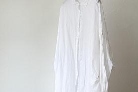 CASEY CASEY/ケーシーケーシーの白シャツ